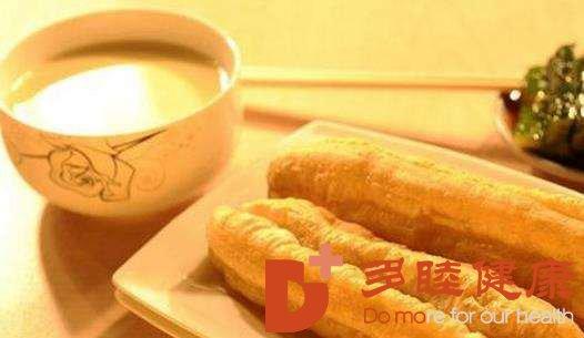 多睦知识:早餐豆浆加油条,早餐你真的吃对了吗?