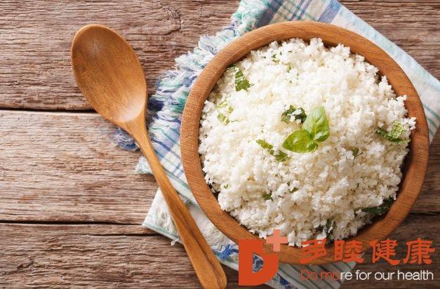 吃饭照顺序,避免血糖升!糖尿病专家:先肉、后菜,再米饭