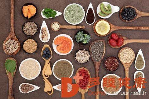 干细胞抗衰老:延缓老化症状,哪10种食物应该每周摄取?
