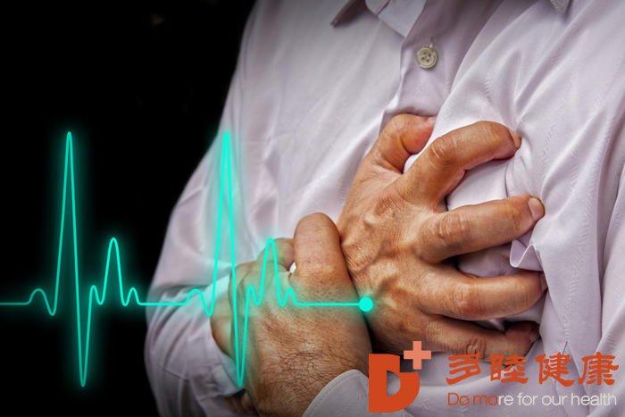 血液净化:老人血脂高需要怎样控制并发症?